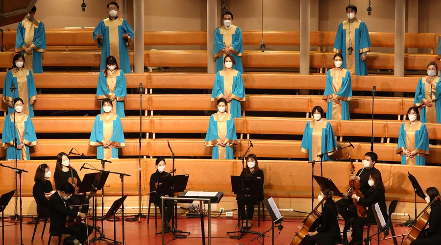 Choir and orchestra, Seul